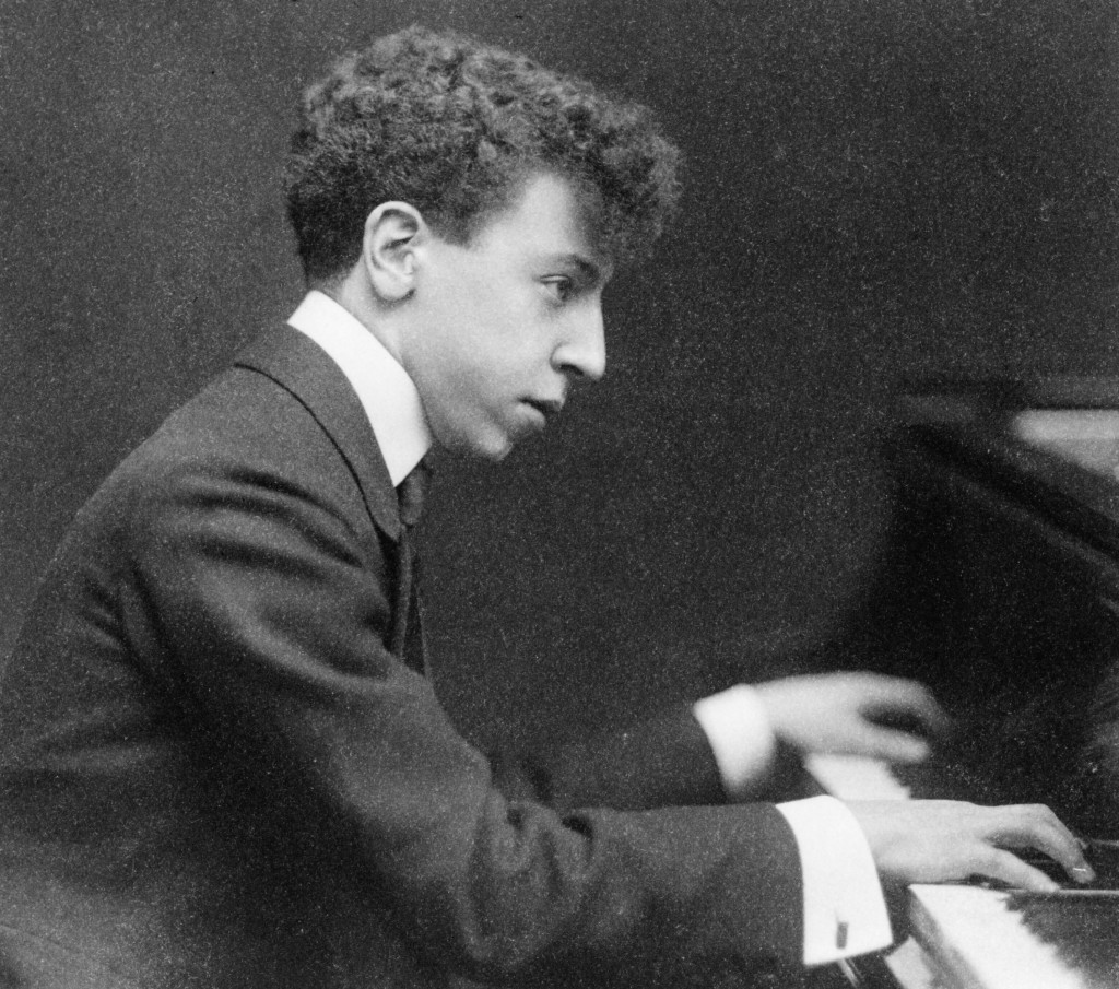 Arthur_Rubinstein_1906