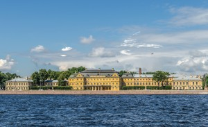 Menshikov_Palace_in_SPB