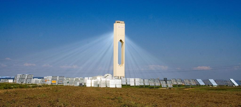 PS10_solar_power_tower_2-Espanha